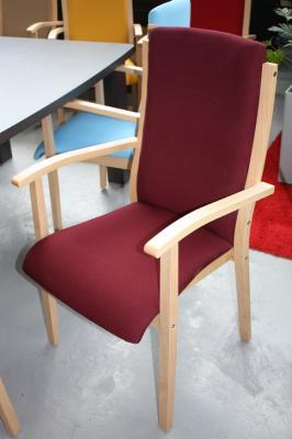 seniorenst hle stuhl fuer senioren moderne b nke rote. Black Bedroom Furniture Sets. Home Design Ideas